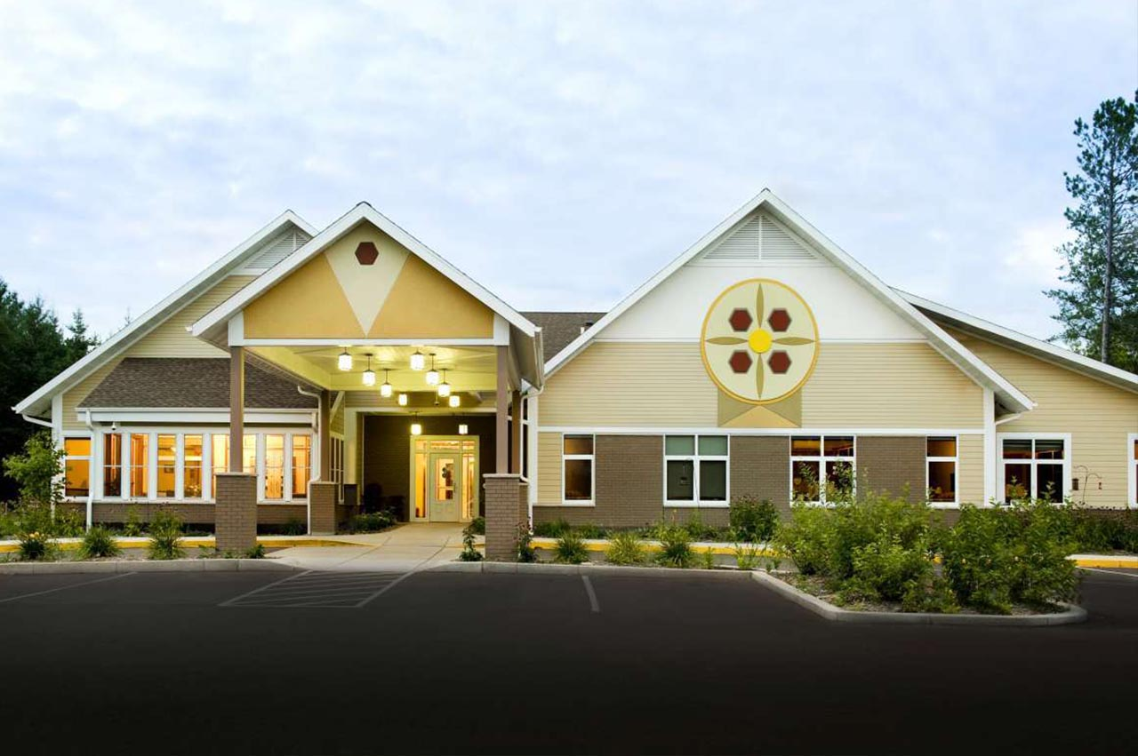 Fond-Du-Lac-Assisted-Living-2-1280