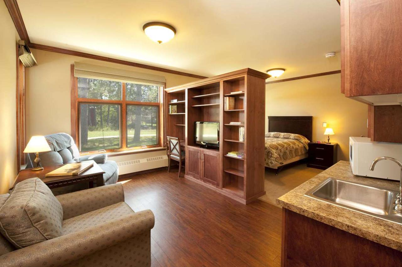 Fond-Du-Lac-Assisted-Living-7-1280