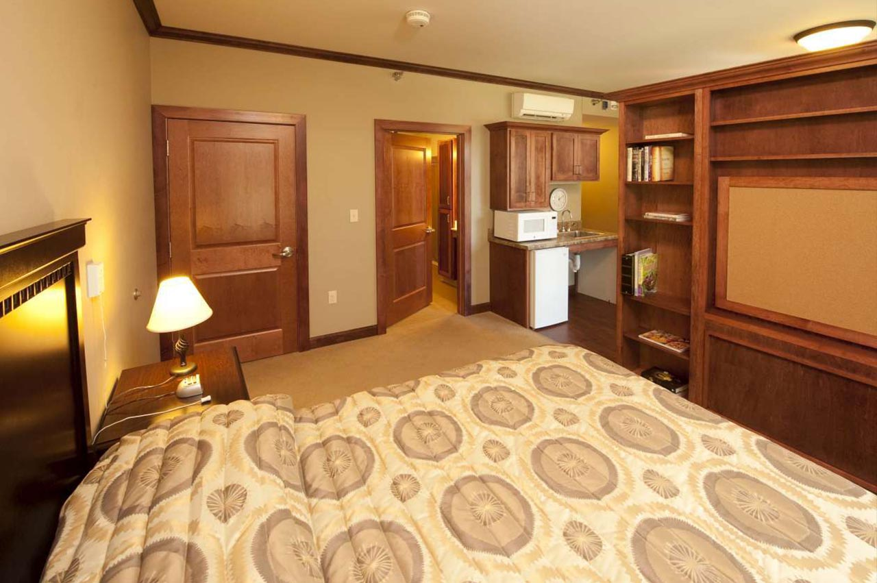 Fond-Du-Lac-Assisted-Living-8-1280
